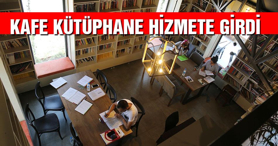 Kafe Kütüphane Hizmete Girdi