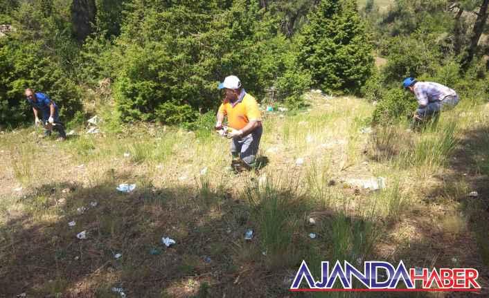 Toroslarda mesire alanları temizleniyor