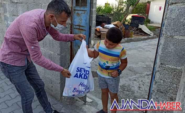 Gültak'tan Çocuklara kırtasiye desteği