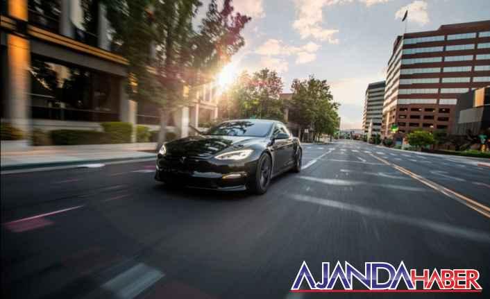 2021 Tesla Model S Ekose: 2 sn 0-60 km