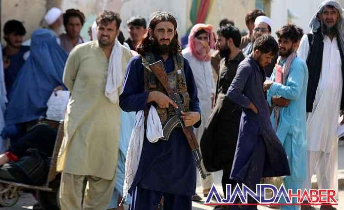 Afganistan'da kimler yaşıyor?