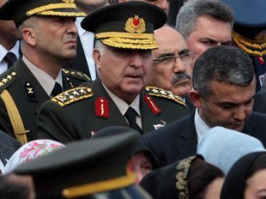 Genelkurmay Başkanı gözyaşlarını tutamadı!