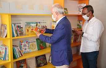 Gültak,çocuk kütüphanesi ve oyun alanını hizmete...