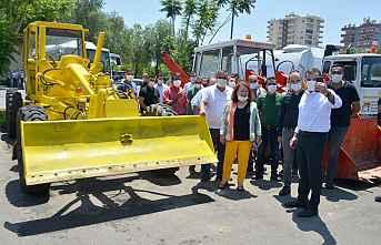 Yenişehir Belediyesi Hurda Araçları onarıyor