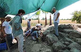 ARATOS'un mezarı için ilk kazma vuruldu.