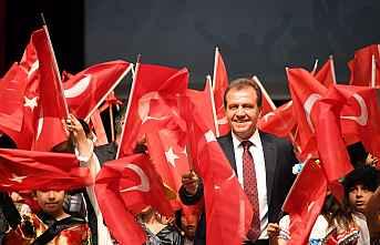 """Vahap Seçer, """"29 Ekim Cumhuriyet Bayramı"""" dolayısıyla..."""