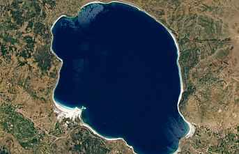 Bakan Kurum; Salda Gölü bilim dünyasına ışık...