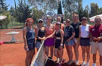 Mezitli'nin şampiyon kadınları finalde