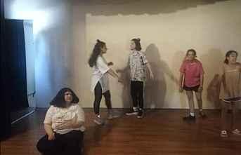 Mezitli'nin Çocukları Tiyatro Kurdu