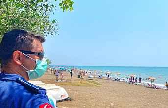 Mezitli'de plajlara düzen geldi.