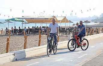 Aile Plajında Bisikletli Denetim
