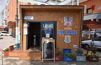 Tarsus'ta indirimli süt satışı başladı.