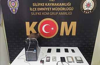 Silifke'de Kaçak Cep Telefonu yakalandı