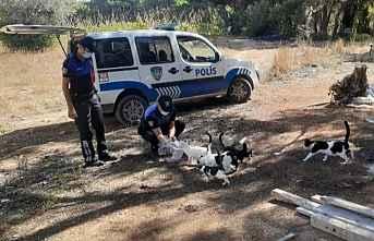 Dünya Hayvanları Koruma Günü Polis..